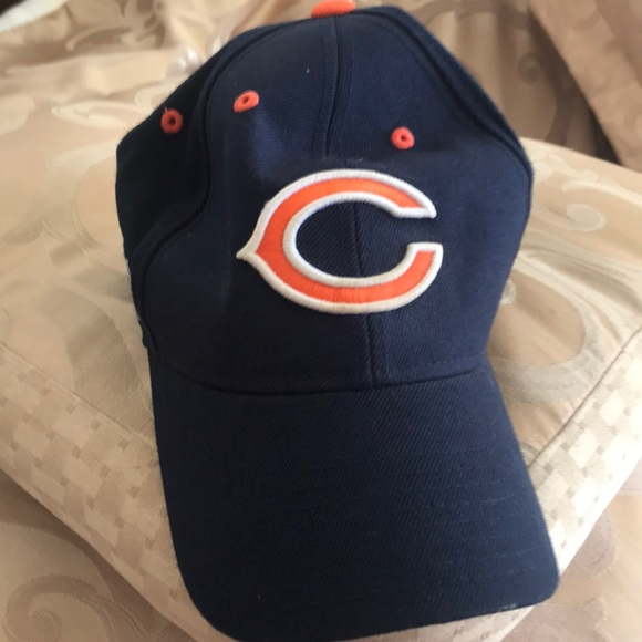 Reebok Accessories | Chicago Bears Hat With Nfl Sticker | Poshmark